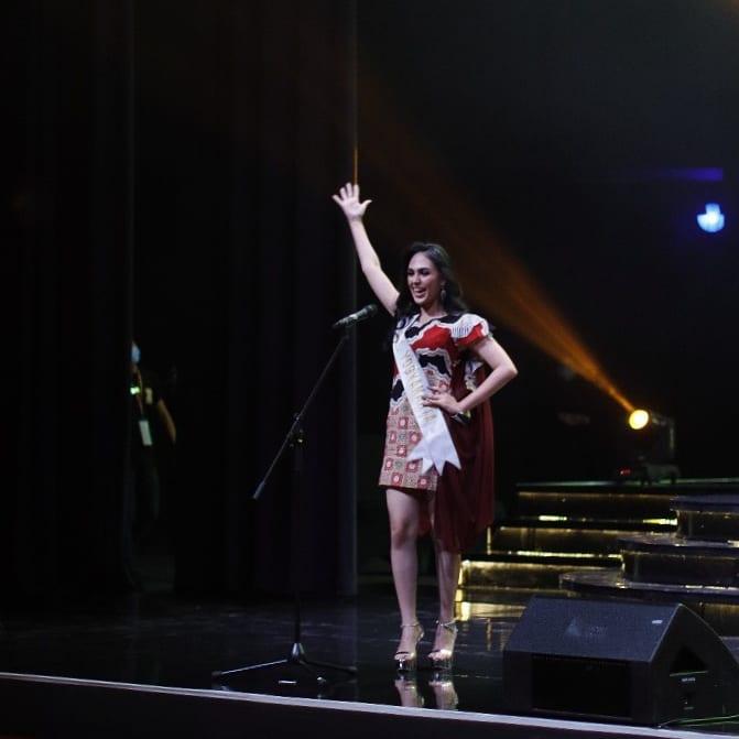Miss Global Indonesia 2020_Coreta Louise-Batik dress-11