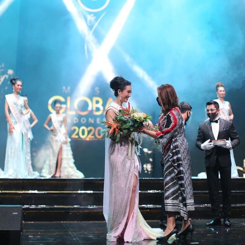 Miss Global Indonesia 2020_Coreta Louise-Batik dress-18