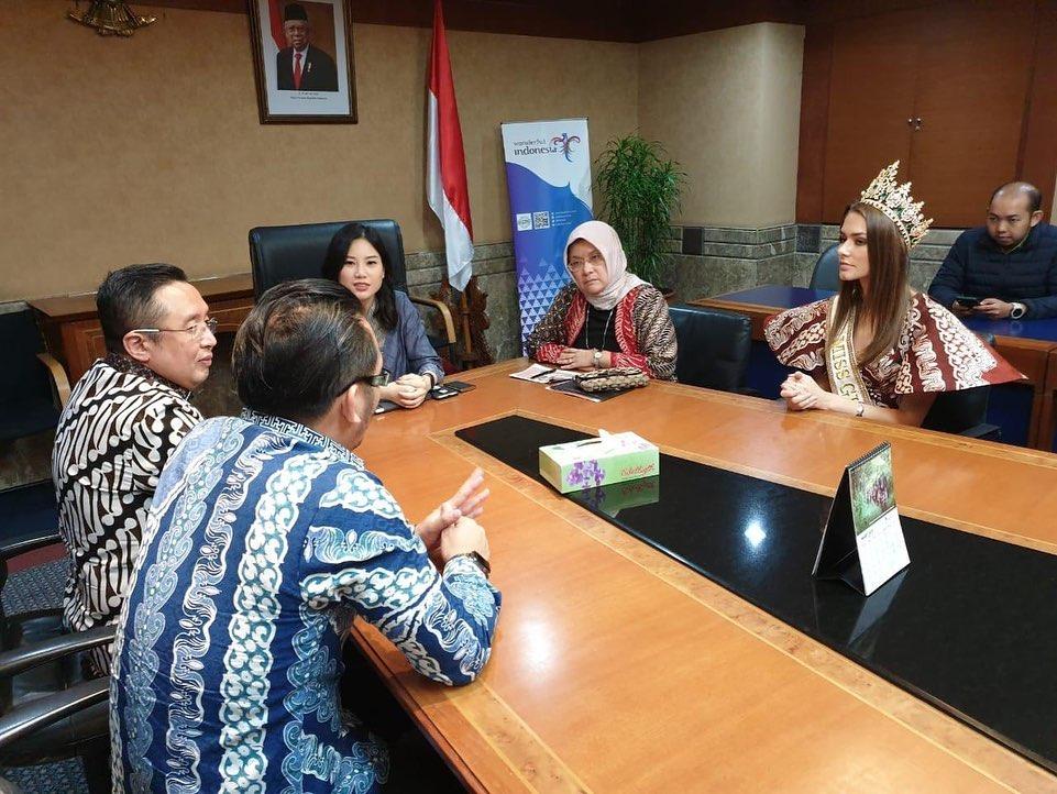 Miss Global 2019-Batik Coreta Louise-Visit Indonesian Ministry of Tourism-2